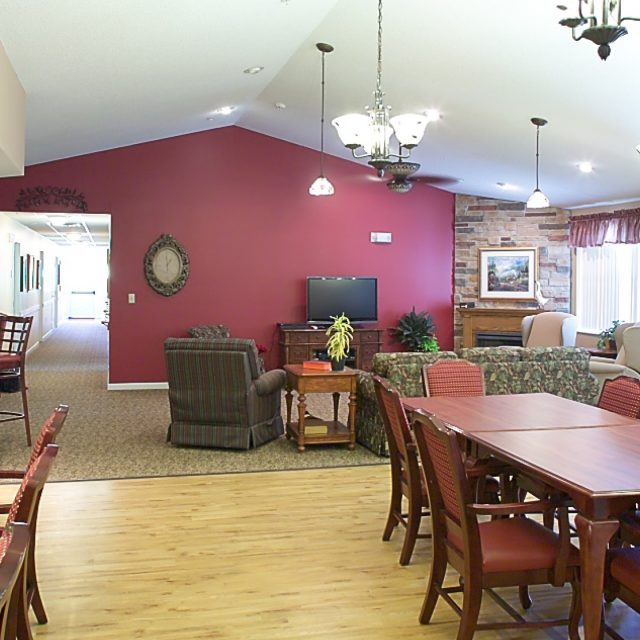 Living and dinning area at the Lighthouse at Silvis